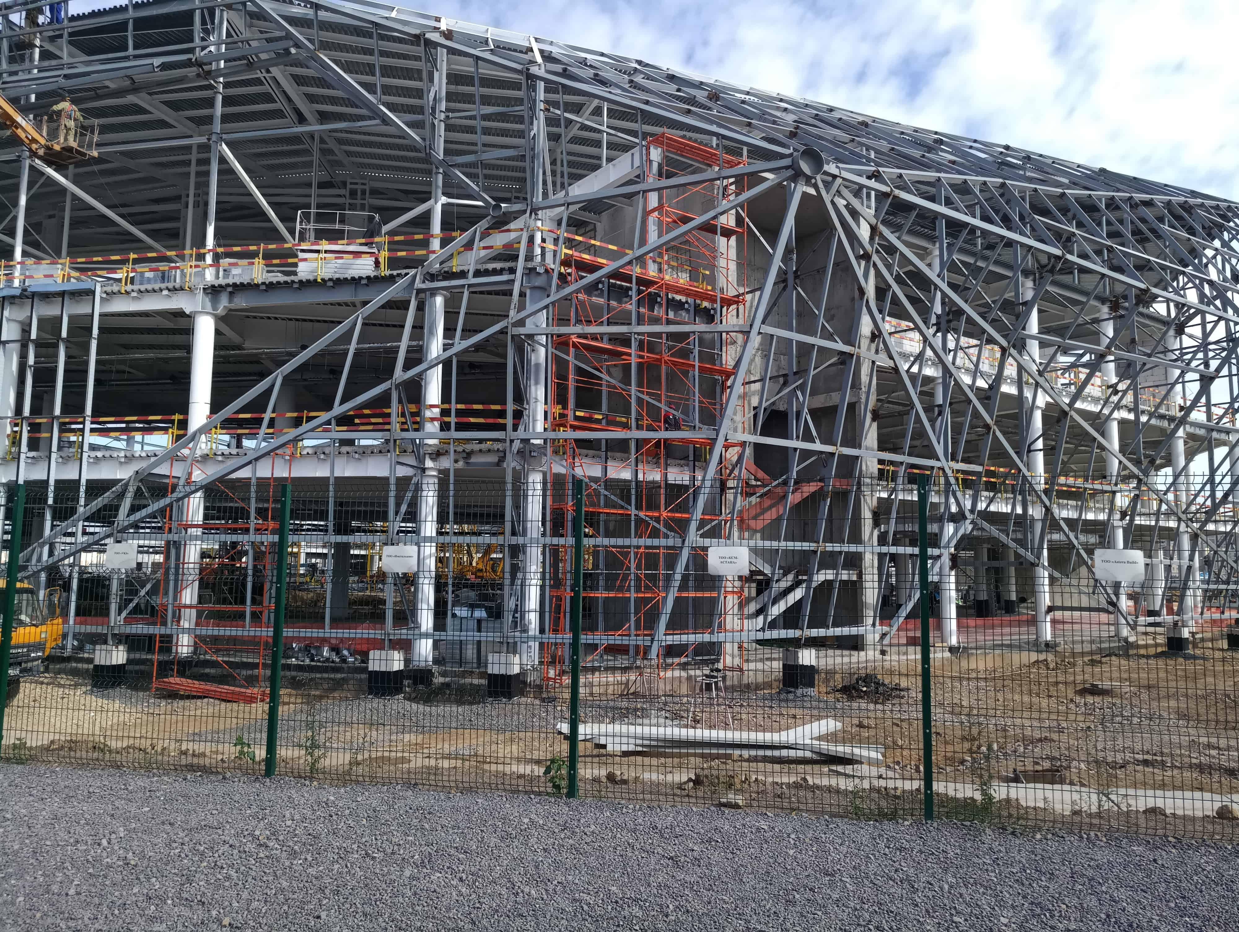 Компания Вирамакс предоставила строительные леса под индивидуальный проект по строительству Легкоатлетического спортивного комплекса в г. Нур-Султан!!!